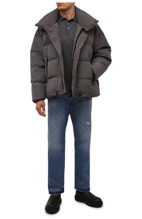 Мужская пуховая куртка DSQUARED2 серого цвета, арт. S71AN0298/S53353 | Фото 2 (Материал внешний: Синтетический материал; Материал подклада: Синтетический материал; Рукава: Длинные; Материал утеплителя: Пух и перо; Длина (верхняя одежда): Короткие; Кросс-КТ: Куртка; Мужское Кросс-КТ: пуховик-короткий; Стили: Кэжуэл)