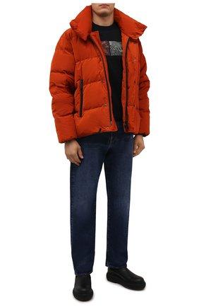 Мужская пуховая куртка DSQUARED2 оранжевого цвета, арт. S71AN0298/S53353 | Фото 2 (Материал внешний: Синтетический материал; Рукава: Длинные; Длина (верхняя одежда): Короткие; Материал подклада: Синтетический материал; Материал утеплителя: Пух и перо; Кросс-КТ: Куртка; Мужское Кросс-КТ: пуховик-короткий; Стили: Кэжуэл)