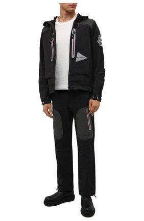 Мужские брюки 2 moncler 1952 moncler genius x and wander MONCLER GENIUS черного цвета, арт. G2-092-2A000-08-595EF | Фото 2 (Длина (брюки, джинсы): Стандартные; Материал внешний: Синтетический материал; Кросс-КТ: другое; Стили: Спорт-шик)
