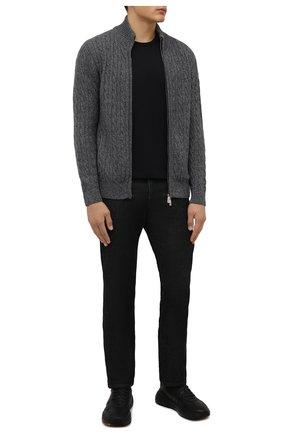 Мужской кашемировый кардиган ANDREA CAMPAGNA серого цвета, арт. WU01-314-F100 | Фото 2 (Материал внешний: Шерсть, Кашемир; Стили: Кэжуэл; Рукава: Длинные; Длина (для топов): Стандартные; Мужское Кросс-КТ: Кардиган-одежда)