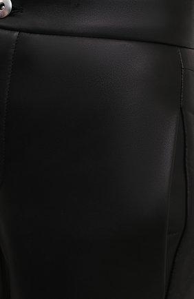 Женские кожаные брюки BOTTEGA VENETA черного цвета, арт. 667266/V15Y0   Фото 5 (Стили: Гламурный; Длина (брюки, джинсы): Стандартные; Женское Кросс-КТ: Брюки-одежда; Материал подклада: Вискоза; Силуэт Ж (брюки и джинсы): Узкие)