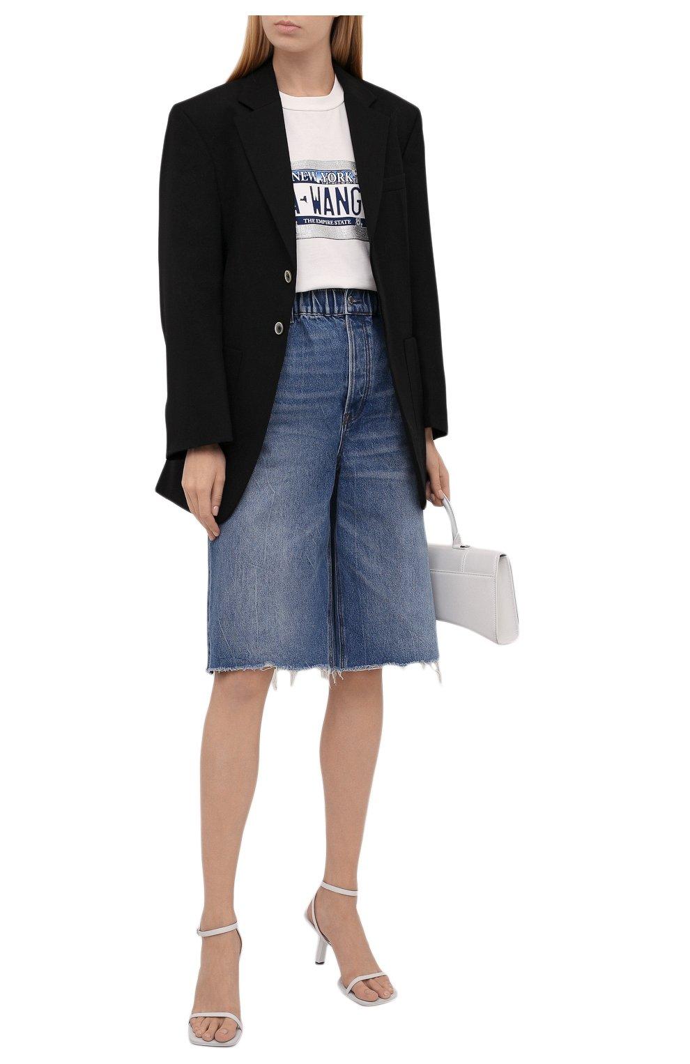 Женские джинсовые шорты DENIM X ALEXANDER WANG синего цвета, арт. 4DC4214034   Фото 2 (Женское Кросс-КТ: Шорты-одежда; Кросс-КТ: Деним, Широкие; Материал внешний: Хлопок; Длина Ж (юбки, платья, шорты): Миди; Стили: Кэжуэл)