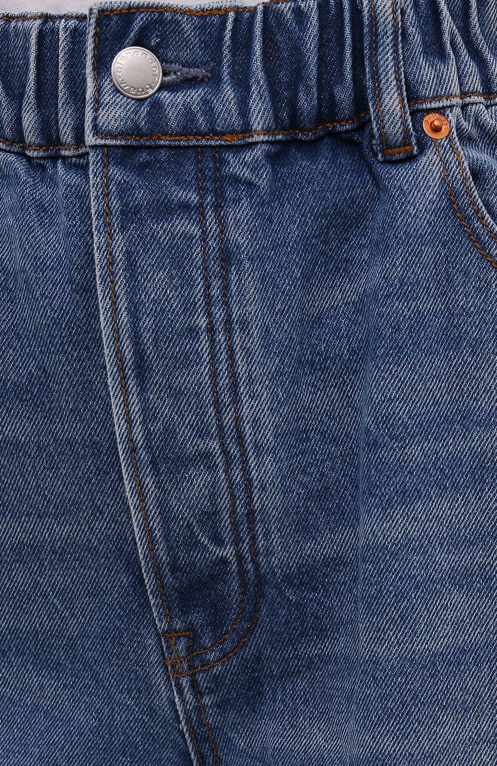 Женские джинсовые шорты DENIM X ALEXANDER WANG синего цвета, арт. 4DC4214034   Фото 5 (Женское Кросс-КТ: Шорты-одежда; Кросс-КТ: Деним, Широкие; Материал внешний: Хлопок; Длина Ж (юбки, платья, шорты): Миди; Стили: Кэжуэл)