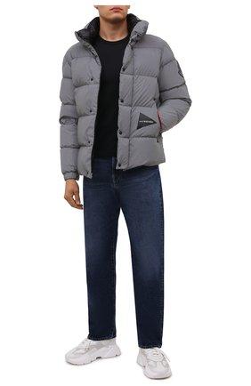 Мужская пуховая куртка 2 moncler 1952 moncler genius x and wander MONCLER GENIUS серого цвета, арт. G2-092-1A000-14-549QD | Фото 2 (Материал утеплителя: Пух и перо; Материал внешний: Синтетический материал; Рукава: Длинные; Материал подклада: Синтетический материал; Длина (верхняя одежда): Короткие; Кросс-КТ: Куртка; Мужское Кросс-КТ: пуховик-короткий; Стили: Спорт-шик)