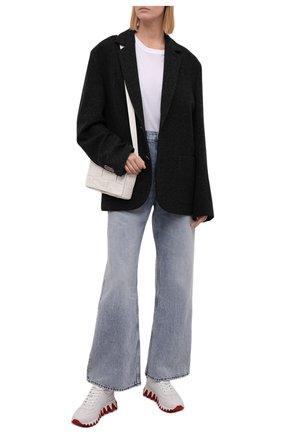 Женские кожаные кроссовки loubishark donna CHRISTIAN LOUBOUTIN кремвого цвета, арт. 3200260/L0UBISHARK D0NNA FLAT | Фото 2 (Материал внутренний: Натуральная кожа; Подошва: Платформа)