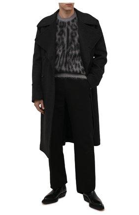 Мужской свитер DOLCE & GABBANA серого цвета, арт. GXH60T/JCML0   Фото 2 (Материал внешний: Шерсть; Рукава: Длинные; Длина (для топов): Стандартные; Мужское Кросс-КТ: Свитер-одежда; Стили: Гламурный; Принт: С принтом)