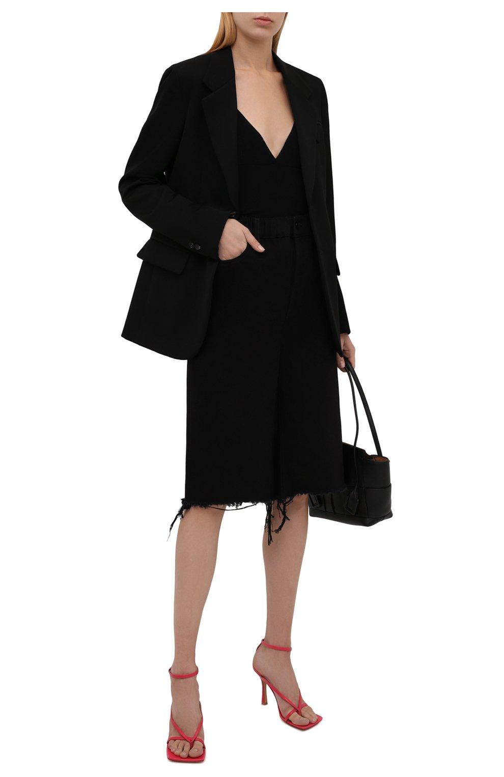 Женские джинсовые шорты DENIM X ALEXANDER WANG черного цвета, арт. 4DC4214035   Фото 2 (Женское Кросс-КТ: Шорты-одежда; Кросс-КТ: Деним; Материал внешний: Хлопок; Длина Ж (юбки, платья, шорты): Миди; Стили: Кэжуэл)
