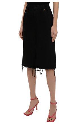 Женские джинсовые шорты DENIM X ALEXANDER WANG черного цвета, арт. 4DC4214035   Фото 3 (Женское Кросс-КТ: Шорты-одежда; Кросс-КТ: Деним; Материал внешний: Хлопок; Длина Ж (юбки, платья, шорты): Миди; Стили: Кэжуэл)