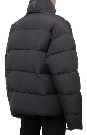 Мужская утепленная куртка BALENCIAGA серого цвета, арт. 642228/TYD36   Фото 4 (Кросс-КТ: Куртка; Мужское Кросс-КТ: пуховик-короткий; Рукава: Длинные; Материал внешний: Синтетический материал, Вискоза; Материал подклада: Синтетический материал; Длина (верхняя одежда): Короткие; Стили: Минимализм)