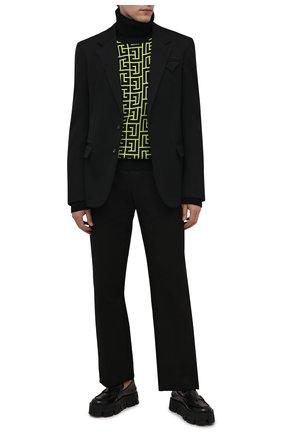 Мужской шерстяной свитер BALMAIN светло-зеленого цвета, арт. WH2KH000/K054 | Фото 2 (Длина (для топов): Стандартные; Материал внешний: Шерсть; Рукава: Длинные; Мужское Кросс-КТ: Свитер-одежда; Принт: С принтом; Стили: Кэжуэл)