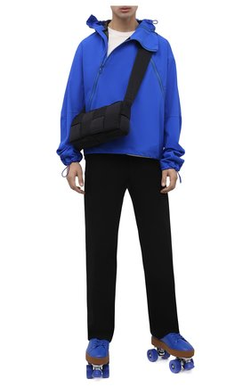 Мужские кожаные роликовые коньки BOTTEGA VENETA синего цвета, арт. 667061/V00T0 | Фото 2 (Материал внешний: Резина, Экокожа; Подошва: Массивная)