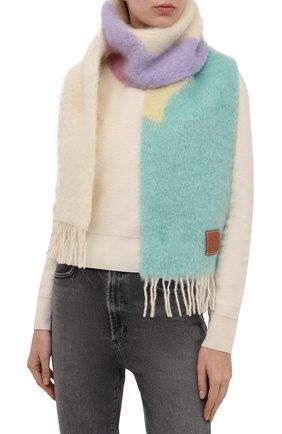 Женский шерстяной шарф LOEWE белого цвета, арт. F655257X03 | Фото 2 (Материал: Шерсть)