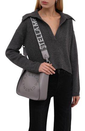 Женская сумка stella logo mini STELLA MCCARTNEY серого цвета, арт. 700073/W8542 | Фото 2 (Материал: Экокожа, Текстиль; Размер: mini; Сумки-технические: Сумки через плечо; Ремень/цепочка: На ремешке)