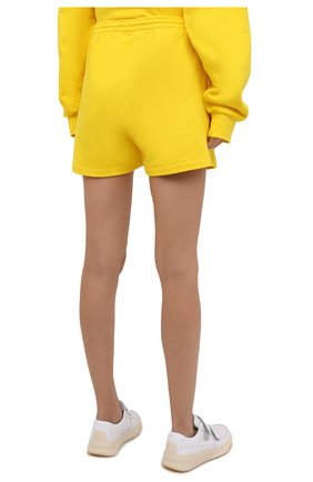 Мужского хлопковые шорты PANGAIA желтого цвета, арт. 20FSU01-014-FEM002   Фото 4 (Женское Кросс-КТ: Шорты-одежда, Шорты-спорт; Длина Ж (юбки, платья, шорты): Мини; Стили: Спорт-шик)