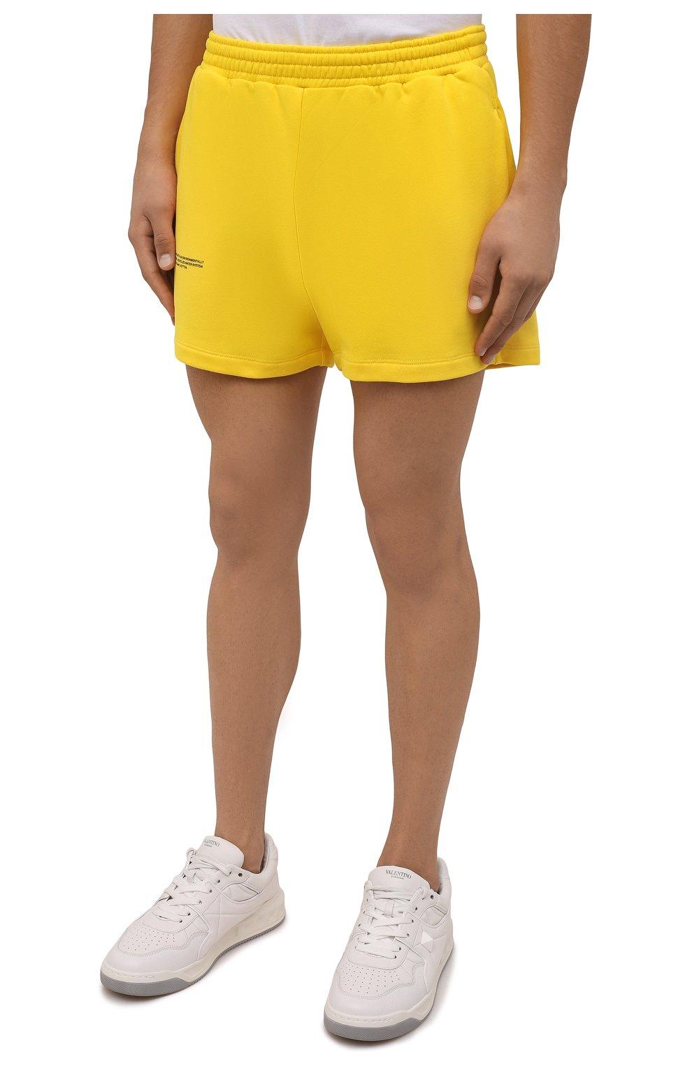 Мужского хлопковые шорты PANGAIA желтого цвета, арт. 20FSU01-014-FEM002   Фото 6 (Женское Кросс-КТ: Шорты-одежда, Шорты-спорт; Длина Ж (юбки, платья, шорты): Мини; Стили: Спорт-шик)