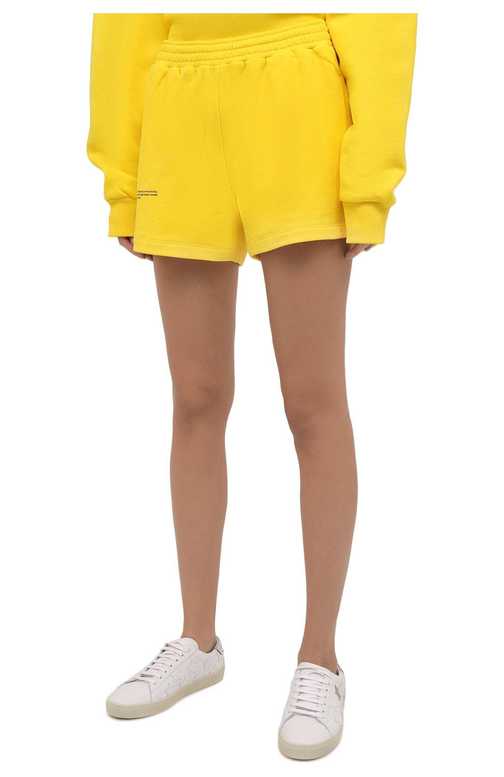 Мужского хлопковые шорты PANGAIA желтого цвета, арт. 21FSU11-014-FEM002   Фото 3 (Женское Кросс-КТ: Шорты-одежда, Шорты-спорт; Длина Ж (юбки, платья, шорты): Мини; Стили: Спорт-шик)