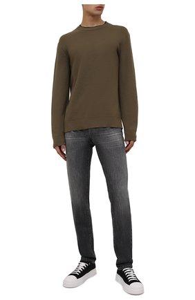 Мужские джинсы Z ZEGNA темно-серого цвета, арт. VY779/ZZ533 | Фото 2 (Длина (брюки, джинсы): Стандартные; Материал внешний: Хлопок; Кросс-КТ: Деним; Силуэт М (брюки): Прямые; Стили: Кэжуэл; Детали: Потертости)