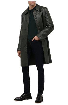 Мужские джинсы SAINT LAURENT темно-синего цвета, арт. 527389/Y06HA | Фото 2 (Материал внешний: Хлопок; Длина (брюки, джинсы): Стандартные; Кросс-КТ: Деним; Силуэт М (брюки): Узкие; Стили: Гламурный)