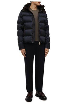 Мужская пуховая куртка с меховой отделкой casciano-fur-sh MOORER темно-синего цвета, арт. CASCIAN0-FUR-SH/M0UGI100312-TEPA174 | Фото 2 (Материал подклада: Синтетический материал; Длина (верхняя одежда): Короткие; Рукава: Длинные; Материал внешний: Синтетический материал; Материал утеплителя: Пух и перо; Кросс-КТ: Куртка; Мужское Кросс-КТ: пуховик-короткий; Стили: Кэжуэл)