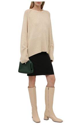 Женские кожаные сапоги SERGIO ROSSI кремвого цвета, арт. A97020-MNAN07   Фото 2 (Материал внутренний: Натуральная кожа; Каблук высота: Низкий; Высота голенища: Средние; Подошва: Плоская; Каблук тип: Устойчивый)