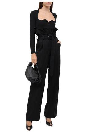 Женские шерстяные брюки DRIES VAN NOTEN черного цвета, арт. 212-010958-3135 | Фото 2 (Материал внешний: Шерсть; Материал подклада: Вискоза; Длина (брюки, джинсы): Удлиненные; Женское Кросс-КТ: Брюки-одежда; Силуэт Ж (брюки и джинсы): Широкие; Стили: Кэжуэл)