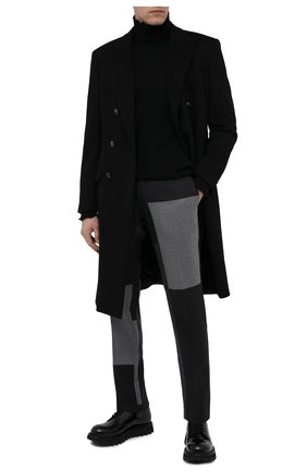 Мужские брюки из шерсти и кашемира DOLCE & GABBANA серого цвета, арт. GY7BMT/GES55   Фото 2 (Длина (брюки, джинсы): Стандартные; Материал внешний: Шерсть; Материал подклада: Вискоза; Случай: Повседневный; Стили: Кэжуэл)