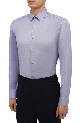 Мужская хлопковая сорочка BOSS голубого цвета, арт. 50460786   Фото 3 (Манжеты: На пуговицах; Воротник: Кент; Рукава: Длинные; Длина (для топов): Стандартные; Принт: С принтом; Рубашки М: Slim Fit; Материал внешний: Хлопок; Стили: Классический; Случай: Формальный)