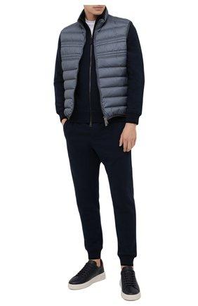 Мужские хлопковые джоггеры BRIONI темно-синего цвета, арт. UJDJ0L/01637 | Фото 2 (Материал внешний: Хлопок; Длина (брюки, джинсы): Стандартные; Силуэт М (брюки): Джоггеры; Стили: Спорт-шик; Кросс-КТ: Спорт; Мужское Кросс-КТ: Брюки-трикотаж)