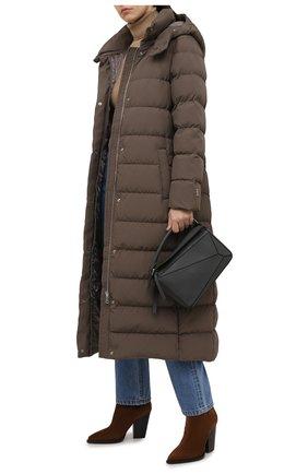 Женская пуховая куртка ADD коричневого цвета, арт. 4AW629 | Фото 2 (Длина (верхняя одежда): Длинные; Материал внешний: Синтетический материал; Материал подклада: Синтетический материал; Рукава: Длинные; Материал утеплителя: Пух и перо; Стили: Кэжуэл; Женское Кросс-КТ: Пуховик-куртка)