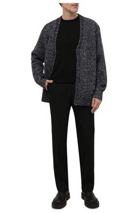 Мужской кардиган из кашемира и шерсти ACNE STUDIOS темно-синего цвета, арт. B60144 | Фото 2 (Рукава: Длинные; Длина (для топов): Стандартные; Материал внешний: Шерсть; Мужское Кросс-КТ: Кардиган-одежда; Стили: Минимализм)