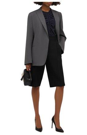 Женская шелковая блузка GIORGIO ARMANI темно-синего цвета, арт. 1WHCC023/T02TV | Фото 2 (Длина (для топов): Стандартные; Рукава: Длинные; Материал внешний: Шелк; Женское Кросс-КТ: Блуза-одежда; Принт: Без принта; Стили: Романтичный)