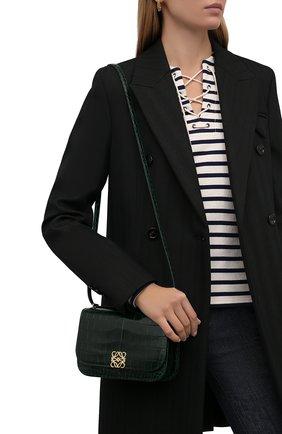 Женская сумка goya из кожи крокодила LOEWE темно-зеленого цвета, арт. A896N09X03/CP0R   Фото 2 (Размер: mini; Ремень/цепочка: На ремешке; Сумки-технические: Сумки через плечо)