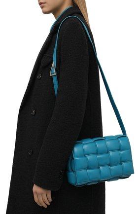 Женская сумка padded cassette BOTTEGA VENETA бирюзового цвета, арт. 591970/VCQR1   Фото 2 (Материал: Натуральная кожа; Сумки-технические: Сумки через плечо; Ремень/цепочка: На ремешке; Размер: medium)