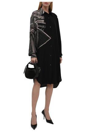 Женское шелковое платье DRIES VAN NOTEN черного цвета, арт. 212-011027-3206 | Фото 2 (Длина Ж (юбки, платья, шорты): Миди; Материал внешний: Шелк; Рукава: Длинные; Женское Кросс-КТ: Платье-одежда, платье-рубашка; Случай: Повседневный; Стили: Кэжуэл)