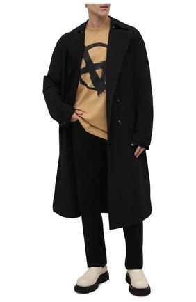 Мужская хлопковая футболка VETEMENTS бежевого цвета, арт. UE52TR290A 1602/M | Фото 2 (Принт: С принтом; Рукава: Короткие; Длина (для топов): Удлиненные; Материал внешний: Хлопок; Стили: Гранж)