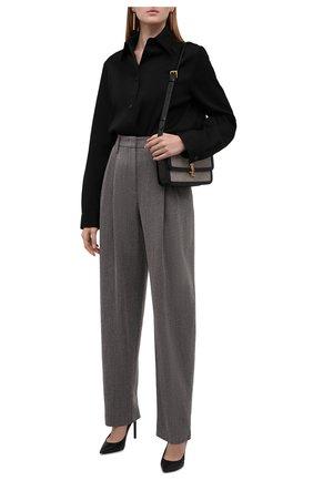Женские шерстяные брюки GIORGIO ARMANI серого цвета, арт. 1WHPP0IH/T02MV | Фото 2 (Материал внешний: Шерсть; Стили: Кэжуэл; Женское Кросс-КТ: Брюки-одежда; Силуэт Ж (брюки и джинсы): Прямые; Длина (брюки, джинсы): Стандартные, Удлиненные)