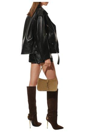 Женские замшевые сапоги TOM FORD коричневого цвета, арт. W2529T-LCL071 | Фото 2 (Материал внутренний: Натуральная кожа; Высота голенища: Высокие, Средние; Каблук тип: Шпилька; Каблук высота: Высокий; Подошва: Плоская)