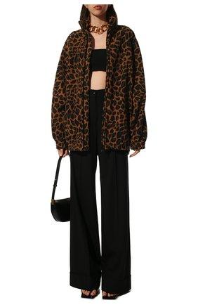 Женская куртка BALENCIAGA леопардового цвета, арт. 678409/TLLG8 | Фото 2 (Материал подклада: Синтетический материал; Материал внешний: Синтетический материал; Длина (верхняя одежда): До середины бедра; Рукава: Длинные; Стили: Спорт-шик; Кросс-КТ: Куртка)