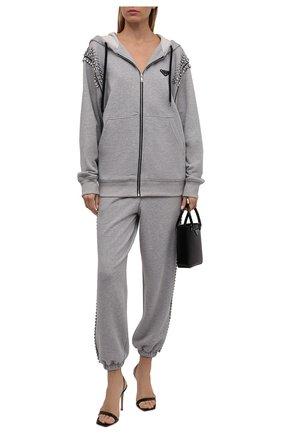 Женский хлопковый кардиган PRADA серого цвета, арт. 138587-1ZXU-F02PL-212 | Фото 2 (Материал внешний: Хлопок; Стили: Спорт-шик; Рукава: Длинные; Женское Кросс-КТ: Кардиган-одежда; Длина (для топов): Стандартные)