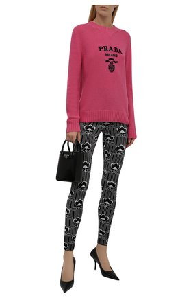Женские леггинсы из вискозы PRADA черно-белого цвета, арт. 22229-1ZX3-F0967-212 | Фото 2 (Материал внешний: Вискоза; Стили: Спорт-шик; Кросс-КТ: Трикотаж; Длина (брюки, джинсы): Стандартные; Женское Кросс-КТ: Леггинсы-одежда)