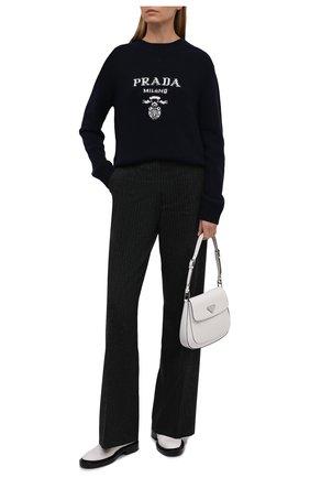 Женский свитер из шерсти и кашемира PRADA темно-синего цвета, арт. P24G1V-1YMW-F0008-211 | Фото 2 (Материал внешний: Кашемир, Шерсть; Стили: Кэжуэл; Рукава: Длинные; Женское Кросс-КТ: Свитер-одежда)