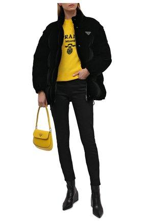Женский свитер из шерсти и кашемира PRADA желтого цвета, арт. P24G1V-1YMW-F0222-211 | Фото 2 (Материал внешний: Кашемир, Шерсть; Стили: Кэжуэл; Рукава: Длинные; Женское Кросс-КТ: Свитер-одежда)