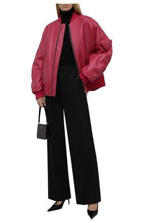 Женская водолазка из кашемира и шелка PRADA черного цвета, арт. P26183-40J-F0002-142 | Фото 2 (Материал внешний: Шелк, Шерсть, Кашемир; Стили: Кэжуэл; Женское Кросс-КТ: Водолазка-одежда; Рукава: Длинные; Длина (для топов): Стандартные)