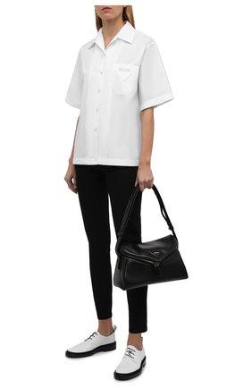 Женская хлопковая рубашка PRADA белого цвета, арт. P433BY-1LZC-F0009-202   Фото 2 (Материал внешний: Хлопок; Стили: Кэжуэл; Принт: Без принта; Женское Кросс-КТ: Рубашка-одежда; Рукава: Короткие; Длина (для топов): Стандартные)