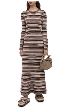 Женские комбинированные сабо wavy CHLOÉ коричневого цвета, арт. CHC21W455V9   Фото 2 (Материал внешний: Текстиль; Материал утеплителя: Натуральный мех; Каблук тип: Устойчивый; Каблук высота: Без каблука; Материал внутренний: Текстиль; Подошва: Платформа)
