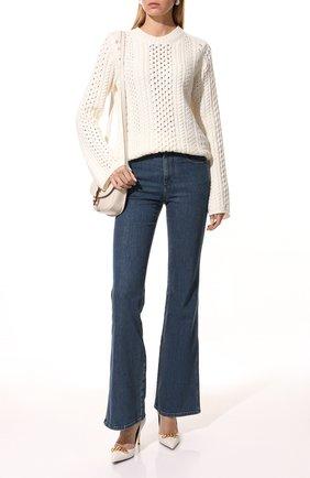 Женские джинсы CHLOÉ темно-синего цвета, арт. CHC21WDP82151   Фото 2 (Кросс-КТ: Деним; Материал внешний: Хлопок; Силуэт Ж (брюки и джинсы): Расклешенные; Длина (брюки, джинсы): Удлиненные)