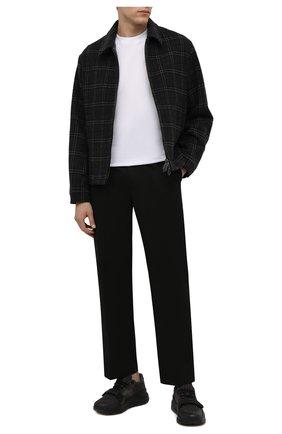 Мужские комбинированные кроссовки ramsey BURBERRY темно-серого цвета, арт. 8042200   Фото 2 (Материал внутренний: Текстиль, Натуральная кожа; Подошва: Массивная; Материал внешний: Текстиль; Стили: Классический)