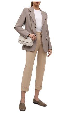 Женские шерстяные брюки CHLOÉ бежевого цвета, арт. CHC21WPA18068   Фото 2 (Материал внешний: Шерсть; Женское Кросс-КТ: Брюки-одежда; Стили: Кэжуэл; Длина (брюки, джинсы): Стандартные; Силуэт Ж (брюки и джинсы): Прямые)