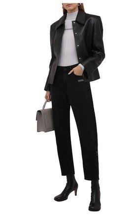 Женские джинсы OFF-WHITE черного цвета, арт. 0WYA031F21DEN002 | Фото 2 (Материал внешний: Хлопок; Длина (брюки, джинсы): Стандартные; Кросс-КТ: Деним; Силуэт Ж (брюки и джинсы): Прямые; Стили: Гранж; Детали: Потертости)