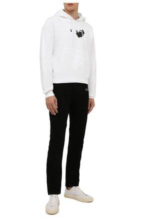 Мужские джинсы OFF-WHITE черного цвета, арт. 0MYA126F21DEN001   Фото 2 (Длина (брюки, джинсы): Стандартные; Материал внешний: Хлопок; Кросс-КТ: Деним; Стили: Гранж; Силуэт М (брюки): Прямые)